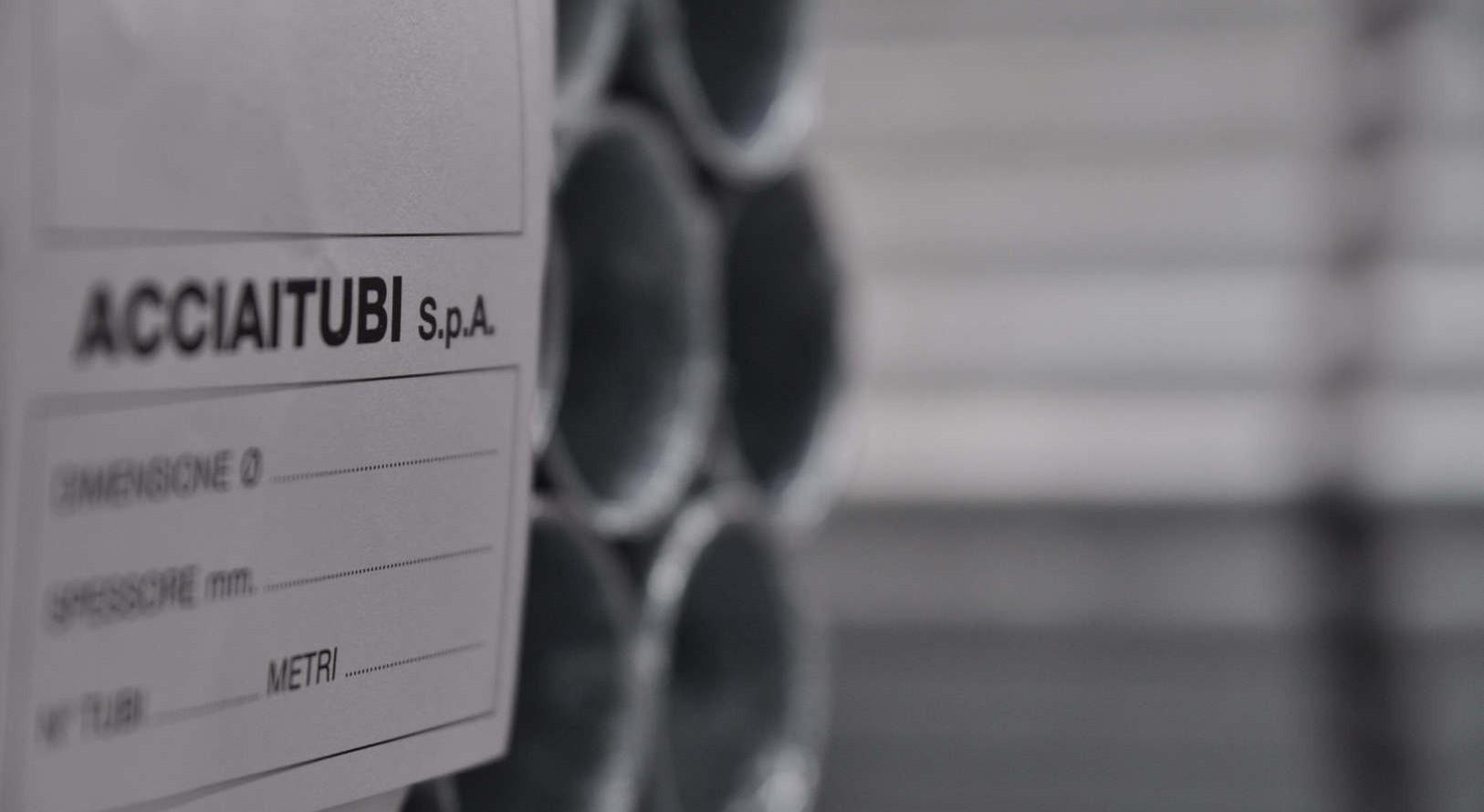 Zertifizierung der Stahlrohre bei Acciaitubi